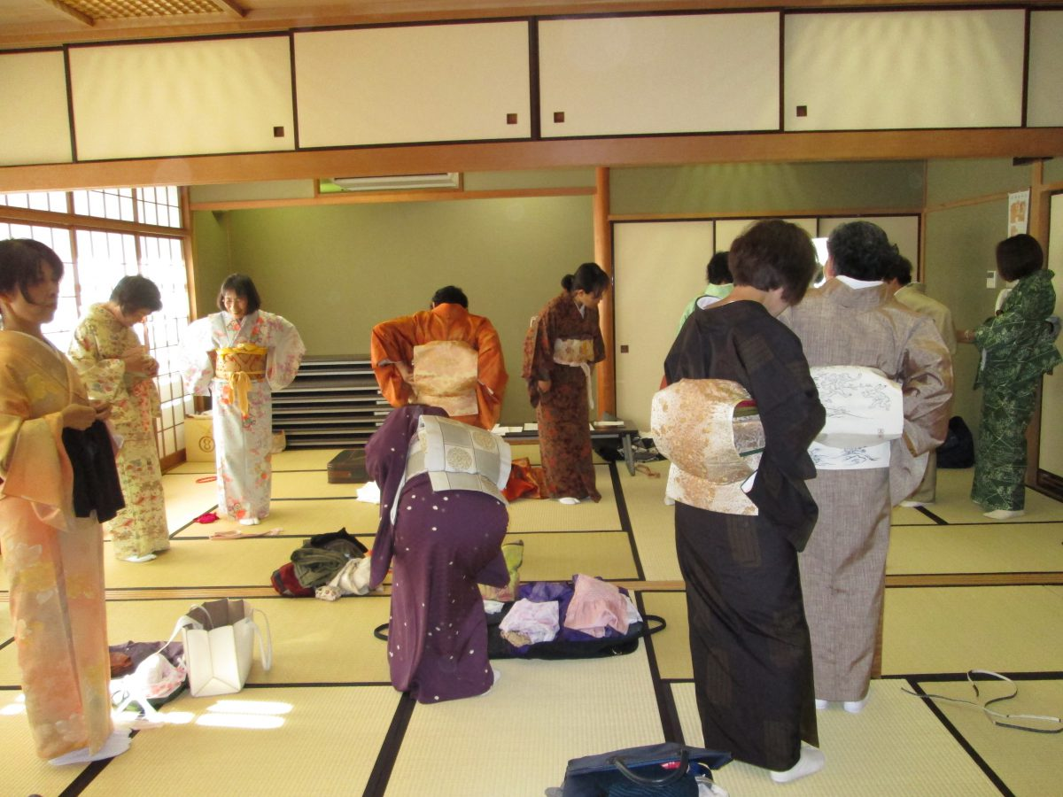 楽しい着付教室(2)